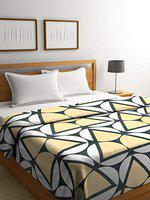 NEUDIS by Dhrohar Super Soft Cozy Comfortable Flannel Fur Double Bed AC Blankets - Yellow