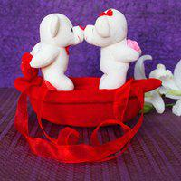 giftalove Kissing Couple On Boat - 10 cm(Red)