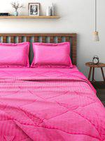 SWAYAM Pink Self-Striped Bedding Set with Reversible Quilt (Comforter)