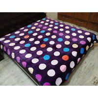 Style Maniac Presents Heavy Flano Double Blanket With Border.