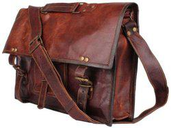 Pranjals House 15 inch Laptop Messenger Bag(Brown)