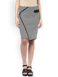 109F Black & White Striped & Patterned Pencil Skirt