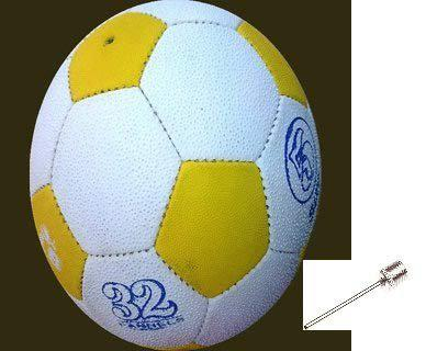 PMG Rubber Football Size: 5, (with Inflating Needle) (White & Yellow)