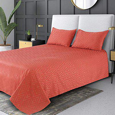 Victor Poly Cotton Satin King Size Bedcover   Luxourious Premium Excel Zig Zag Geometrical Pattern Ultra Soft Bed Spread with Firm Grip - (Bed Cover - 108 X 108, 2 Pillow Covers - 18 X 27), Rust
