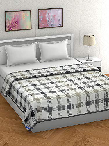 BOMBAY DYEING 100% Polyester ONE Double Size (220CMX240CM) Blanket (Beige&Black, Double)