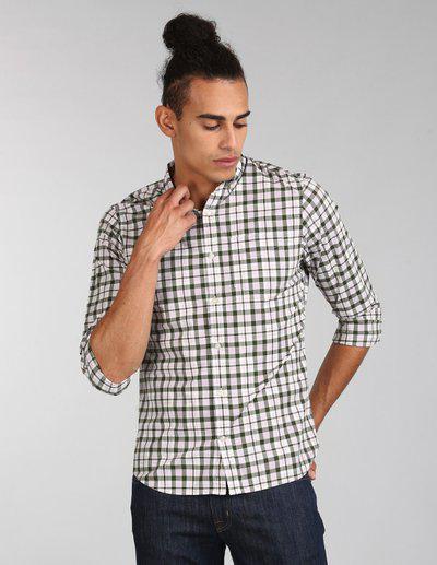 GAP Men Olive Green and Beige True Wash Stretch Poplin Shirt