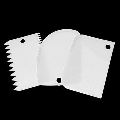 SYGA 3 Pcs Cake Scrapers Baking Comb(Plastic Pack of 3)