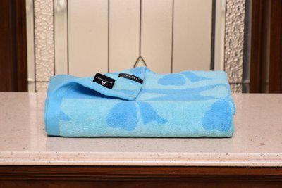 Avira Home Cotton 580 GSM Bath Towel(Blue)