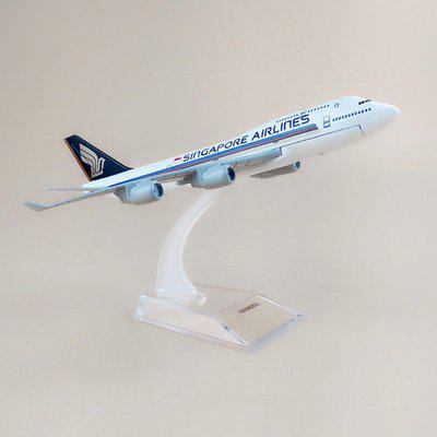 Sage Square 1:300 Singapore Airlines Boeing 747-412 Scale Metal Model Aircraft, Highly Detailed Souvenir Model Aircraft Collection Metal Paper Weights  with Glossy(Set Of 1, White)