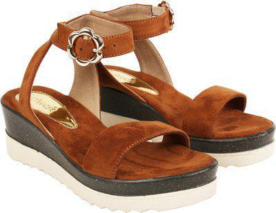 Catwalk Women Brown Heels