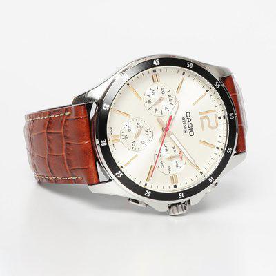 Casio Enticer Men Analog Beige Dial Men s Watch - MTP-1374L-9A2VDF A1046