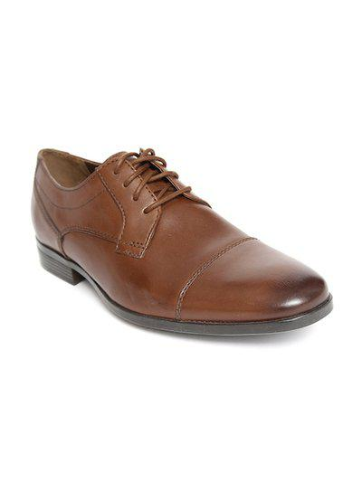 Clarks Solid Tan Coloured Leather Casual Shoes (Size:- 6.5) - 26144715