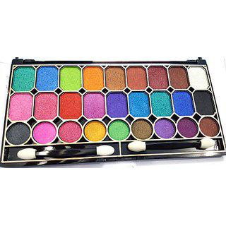 27 Color Eyeshadow For A Professional Make Up Artist